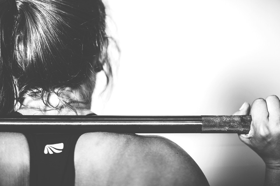 women exercising for muscle building